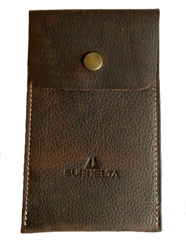 Vintage Leather Travel-Pouch for one watch. Handmade in Holland