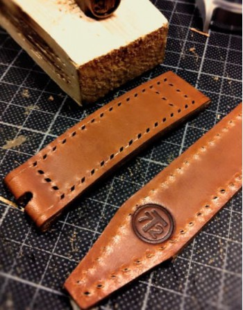 P1lot one /T2 Strap custommade