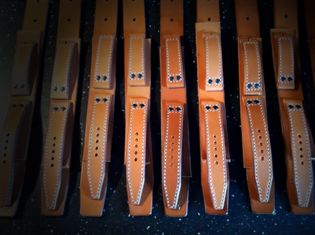 Leather straps of the P1lot one Timepiece