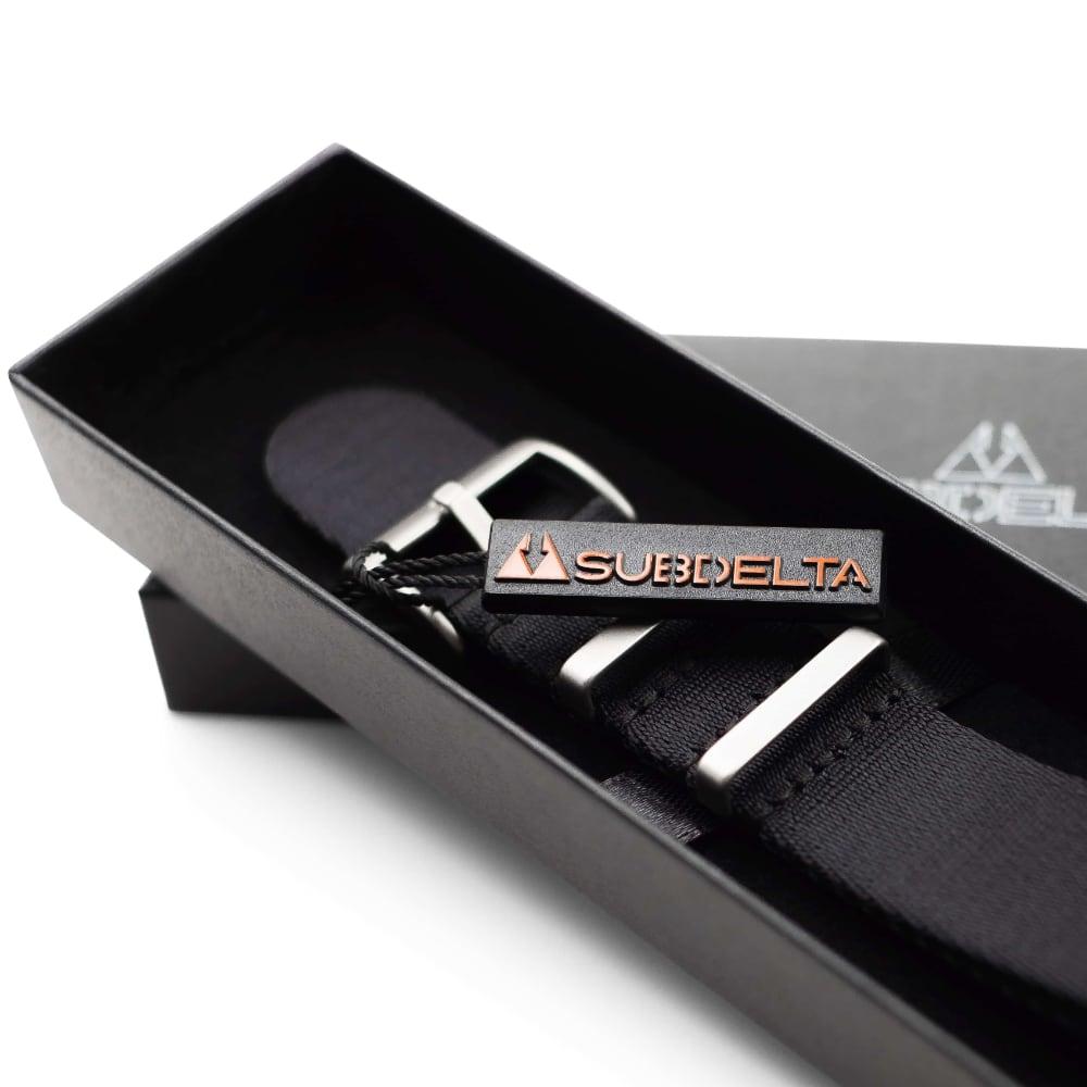 Subdelta 22mm Seatbelt NATO Watch strap black in Gift packaging