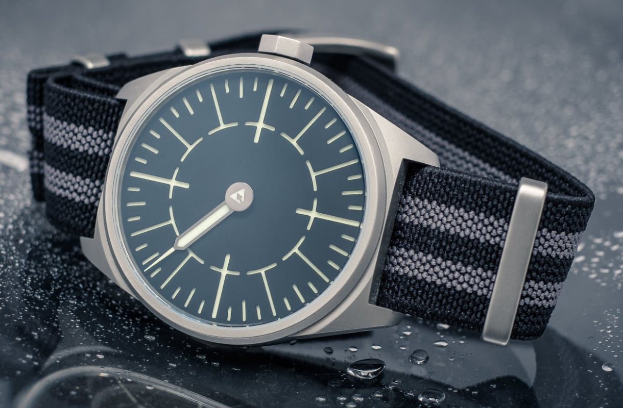 Subdelta Quattro Single-handed watch with elastic Nato G10 Strap